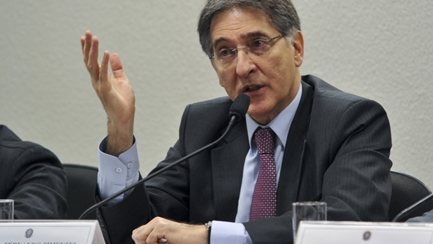 A Polícia Federal acusa o governador de Minas, Fernando Pimentel (PT), de chefiar esquema de propinas enquanto esteve à frente do Ministério do Desenvolvimento, Indústria e Comércio   Foto: Governo de Minas