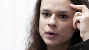Janaína Paschoal: show de competência e educação no Senado