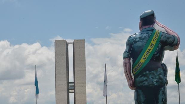 Procuradoria rechaça intervenção militar no Brasil, mesmo em situações extremas