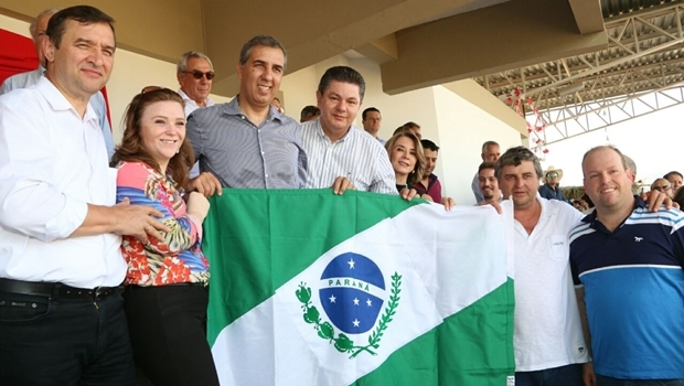 Governador em exercício em Pirenópolis | Foto: Eurípedes Jr.
