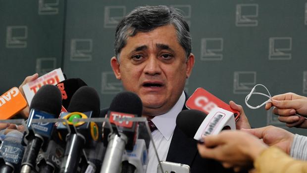 Líder do governo diz que decisão de Maranhão restabelece processo legal do impeachment