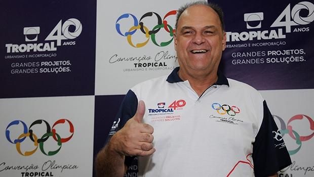 """Oscar Schmidt, o """"Mão Santa"""", diz que seu segredo era o treinamento incessante   Renan Accioly/ Jornal Opção"""
