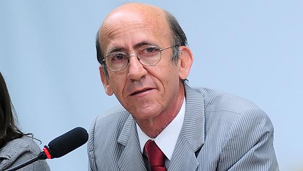 """Rubens Otoni: """"É hora de mobilizar para denunciar o golpe"""""""