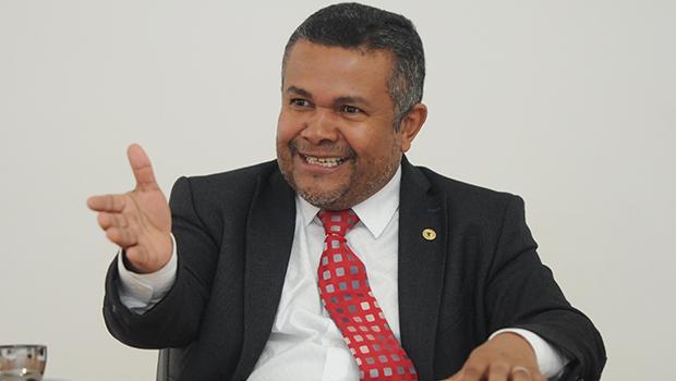 Delegado e coronel sugerem Santana Gomes para a Secretaria de Segurança Pública de Goiás