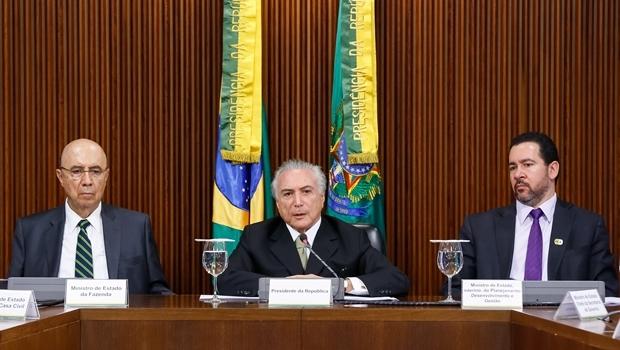 Presidente Interino Michel Temer durante apresentação das medidas econômicas | Foto: Marcos Corrêa/PR