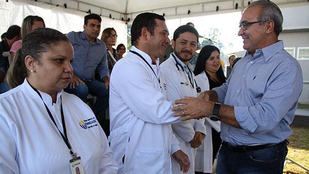 Jânio Darrot entrega mais uma unidade de saúde para a região leste de Trindade