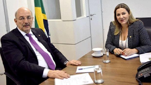 "Deputada Dulce Miranda: ""Osmar Terra abre as portas do ministério ao Estado"""