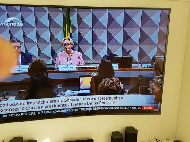 Ana Carla Abrão 12 06bcda34-4269-4d4f-b9f5-a975e1171fd1
