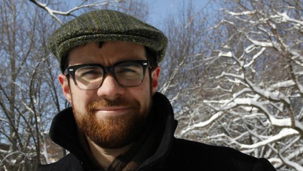 Editor de uma das maiores revistas de tradução dos EUA dá oficina gratuita em Goiânia