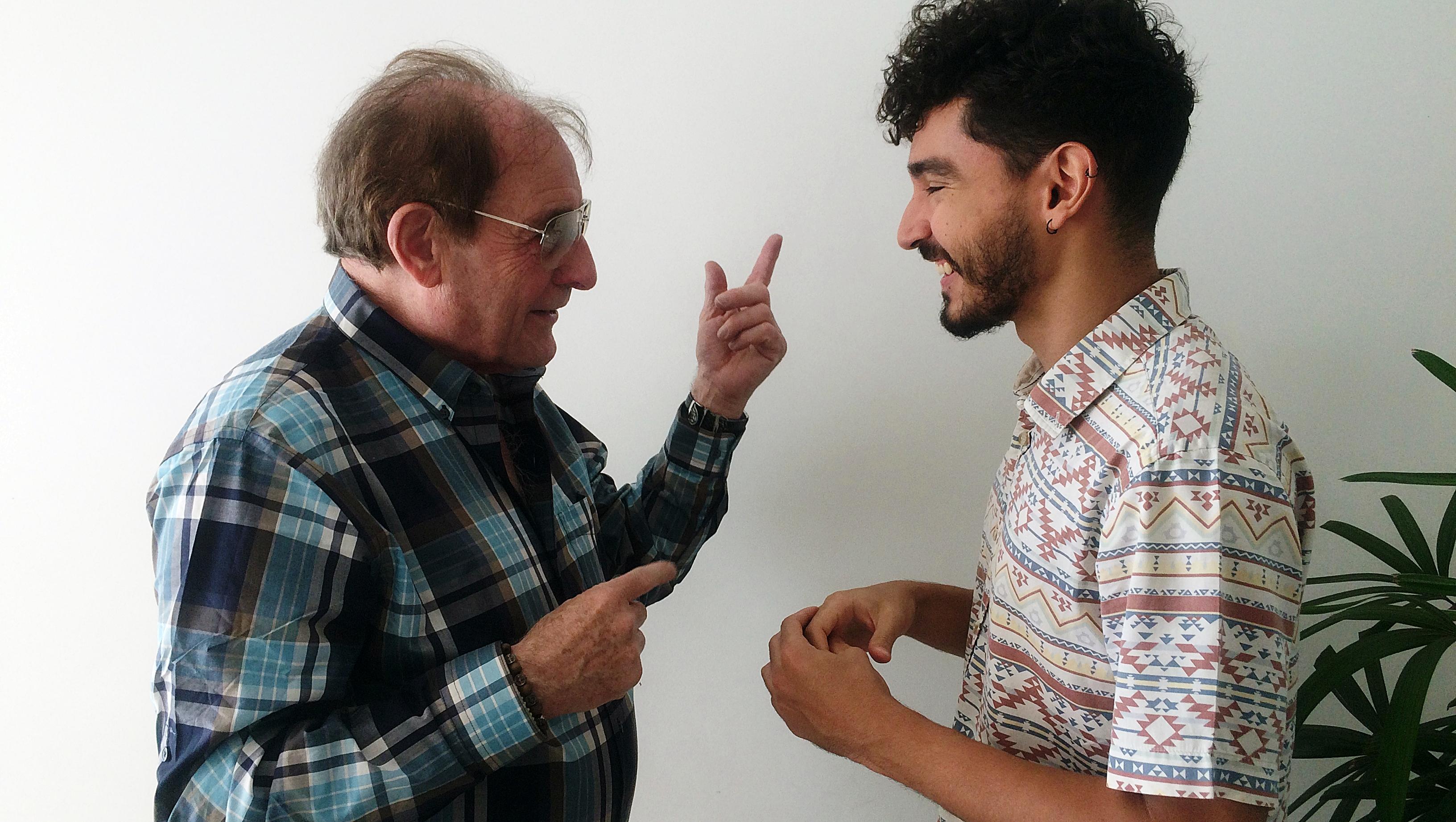 Cineasta britânico Peter Mackenzie lança filme em Goiânia