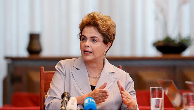 Dilma diz que não houve interferência politica para direção da Petrobras