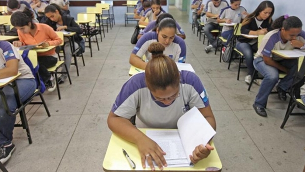 Escolas estão proibidas de recusar alunos com deficiência, valida STF