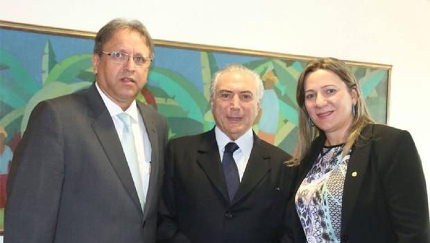 Marcelo Miranda, Michel Temer e Dulce Miranda: primeira reunião oficial com o presidente interino  | Foto: Divulgação