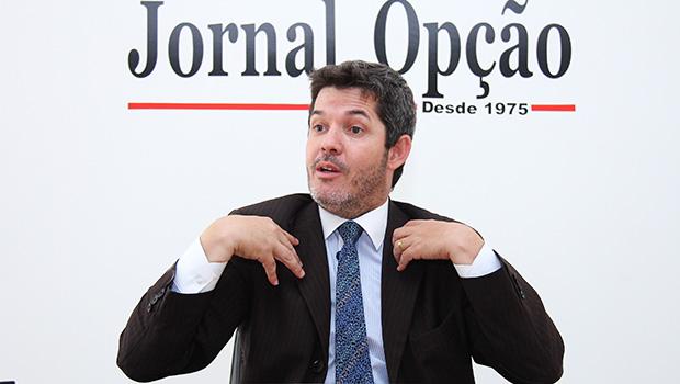 Bolsonaro quer que Delegado Waldir concorra ao Senado