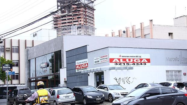 Empresas fecham e causam demissões: de janeiro a maio, foram quase 300 mil organizações formais a menos no País | Foto: Fernando Leite