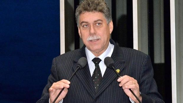 """O senador João Ribeiro era um grande político e  um ser humano indescritível. Tenho que honrar esse nome e tentar chegar perto do que ele foi"""""""