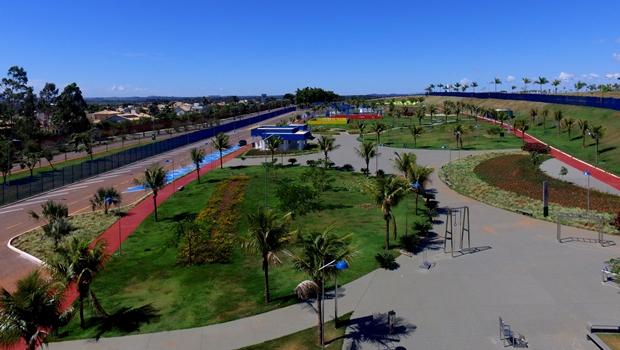 Agetop inaugura praça esportiva no Autódromo de Goiânia