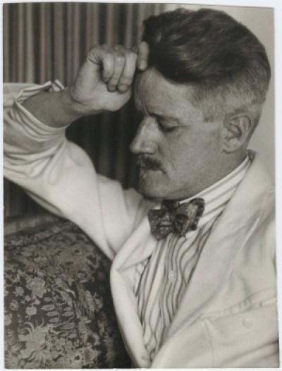"""A fama de Joyce veio se consolidando antes mesmo da publicação de """"Ulysses"""". """"Um Retrato do Artista Quando Jovem"""" recebeu prestígio da crítica, juntamente com """"Exilados"""", seu único texto dramatúrgico   Foto: Reprodução"""