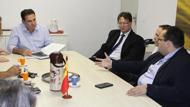 Visita de diretores do Codese ao pré-candidato pelo PSB, Vanderlan Cardoso | Divulgação