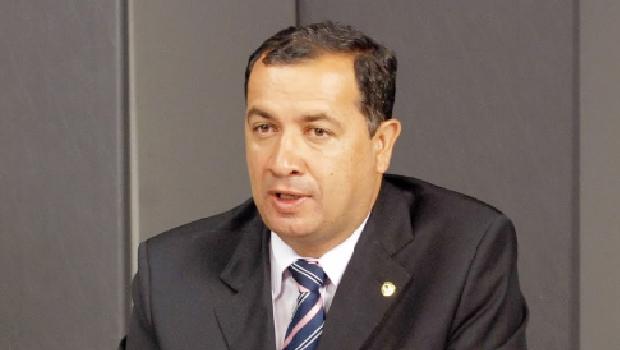 Na contramão dos outros prefeitos, Hildo do Candango deve se reeleger