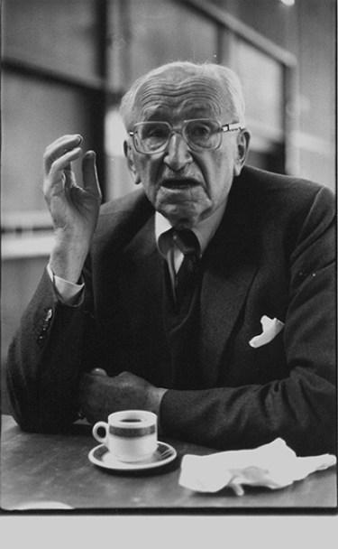 Os argumentos de Friedrich von Hayek foram apreciados a partir da década de 1960 e, por eles, ele recebeu o Nobel de Economia, em 1974 | Foto: Wikipedia Commons