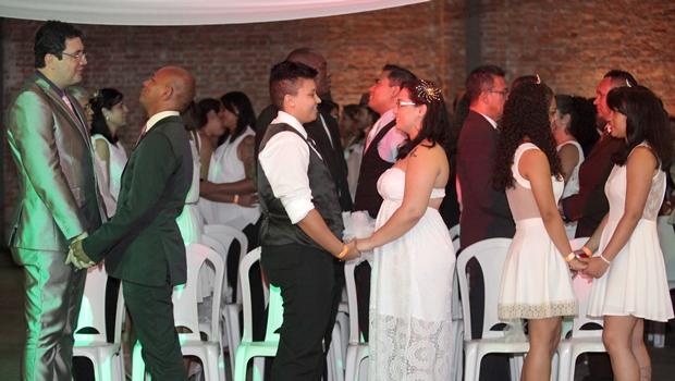 Brasil registra mais de 8,5 mil casamentos homoafetivos até 2014