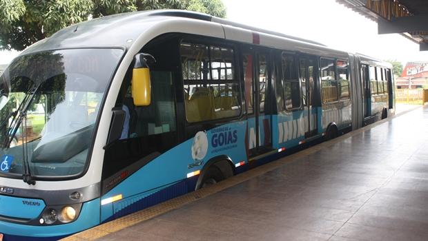 Idoso morre após ser atropelado por ônibus do Eixo Anhanguera em Goiânia