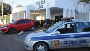 Delegacia fica aberta 24 horas com pagamento de horas extras  a uma equipe da Polícia Civil ao custo de R$ 30 mil mensais | Foto: Renan Accioly