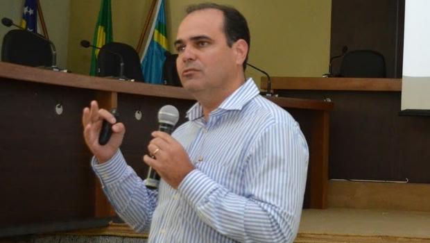 Rodrigo Lacerda une a base em Formosa para disputar contra Ernesto Roller