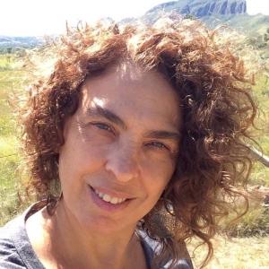 "Helena Bagnoli: jornalista que dirige a renascida revista ""Bravo!"""