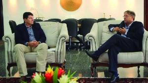 Rodrigo Guerra e Marcelo Miranda em reunião no Palácio Araguaia