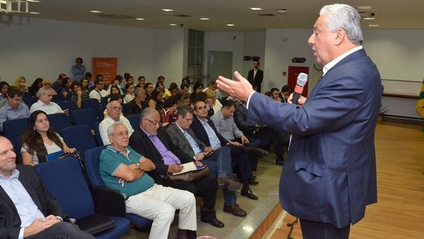 Secretário Vilmar Rocha ressaltou importância do diálogo com municípios   Foto: Comunicação Setorial da Secima