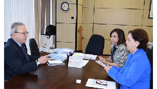 Deputada Dorinha solicita revisão de corte orçamentário da UFT junto ao MEC