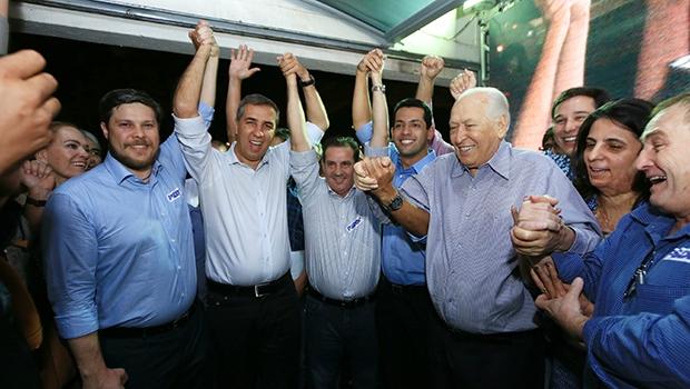 Tucanos e socialistas comemoram aliança: Vanderlan Cardoso ganha aliados de peso com os quais nunca contou em duas eleições para o governo | Foto: André Saddi