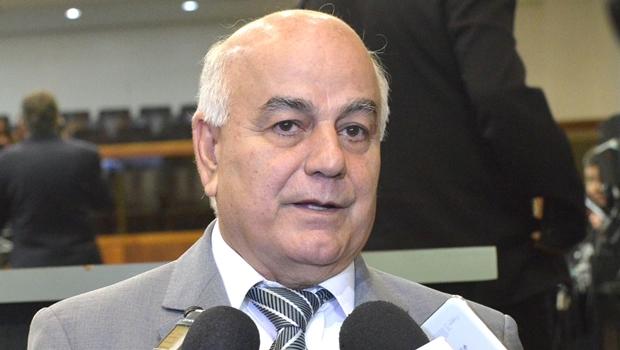 Helio de Sousa durante coletiva de imprensa | Foto: Marcos Kennedy