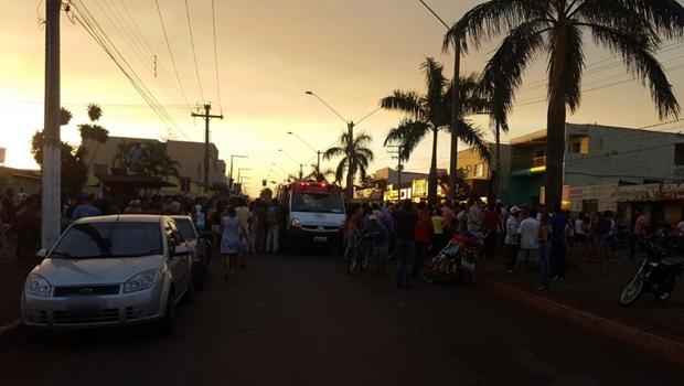 Foto mostra carreata momentos antes do atentado em Itumbiara