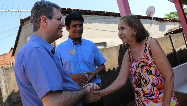 """""""É preciso diálogo direto e permanente com a população"""", defende Francisco Jr."""