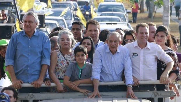 Ronaldo Caiado, Dona Íris, Iris Rezende e Major Araújo em carreata na região Noroeste | Foto: campanha Iris Rezende