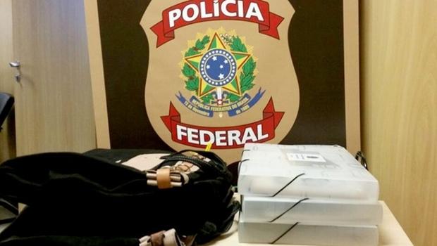 Malotes com material apreendido no Distrito Federal nesta sexta | Foto: Divulgação