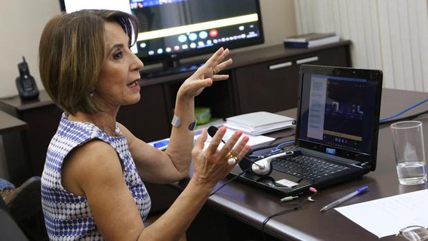 Secretária da Educação participa de webconferência com subsecretários regionais de ensino | Foto: Reprodução / Seduce