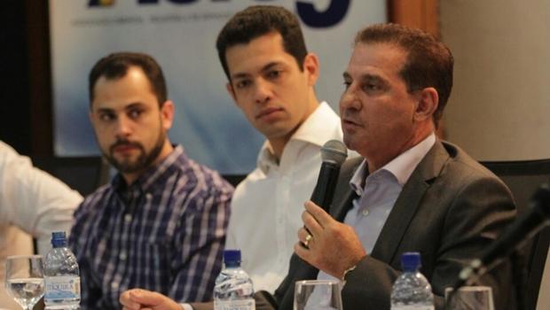"""""""População aprova nossa maneira de fazer política, com propostas e sem ataques"""", afirma Vanderlan"""