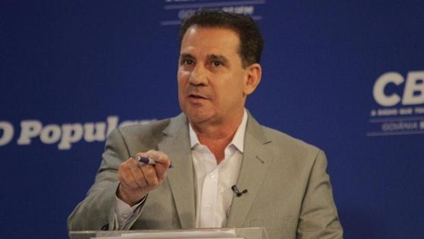 Vanderlan durante o debate | Foto: divulgação