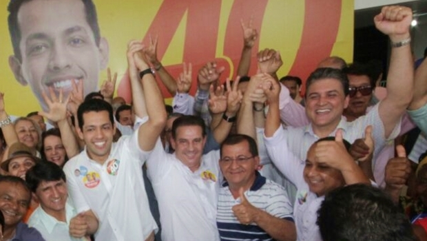 Vanderlan e o vice, Thiago Albernaz