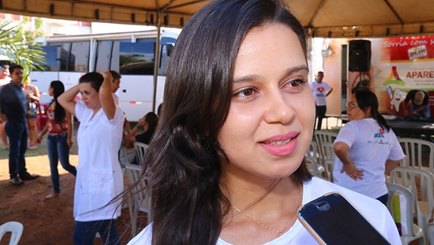 """Bruna Aniele: """"É preciso evitar o consumo excessivo de sal e conservantes"""""""