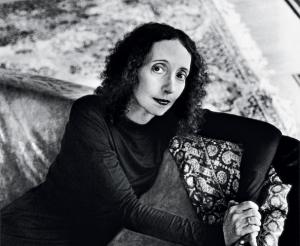 """Joyce Carol Oates: autor do magnífico romance """"A Filha do Coveiro"""""""
