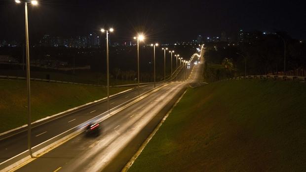 Justiça determina que Enel religue energia do perímetro urbano da GO-070, em Goianira