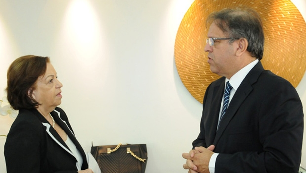 Reitora Isabel Auler e o governador Marcelo Miranda: próximo passo será buscar recursos para as obras físicas