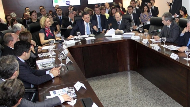 Governador e secretariado durante encontro nesta terça   Foto: Humberto Silva