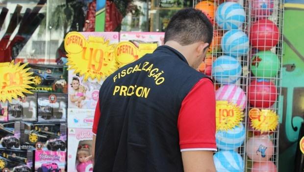 Procon encontra variações de preços de até 200% em presentes do Dia das Crianças