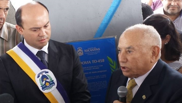 Sandoval Cardoso e Siqueira Campos durante entrega em 2014 | Foto: governo do Tocantins